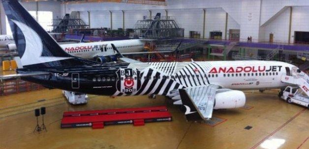 THY Beşiktaş'a uçak verdi