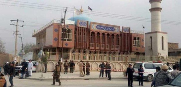 Afganistan'da çocukların da öldüğü cami saldırısını DEAŞ üstlendi