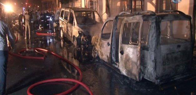 Bağcılarda kundak terörü: 5 araç kundaklandı