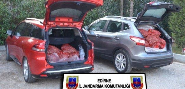 Lüks araçlarla midye kaçakçılığı