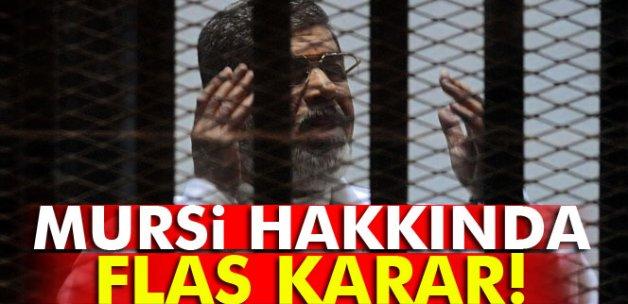 Mursi hakkındaki ömür boyu hapis kararı bozuldu