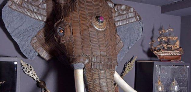 Osmanlı dönemine ait fil zırhı ilk kez sergilenmeye başladı