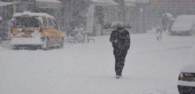 Antalya'da okullara kar ve yağmur tatili