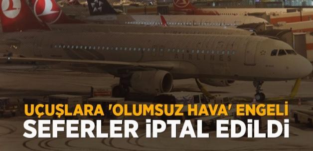 Atatürk Havalimanı uçuşlara yeniden açıldı