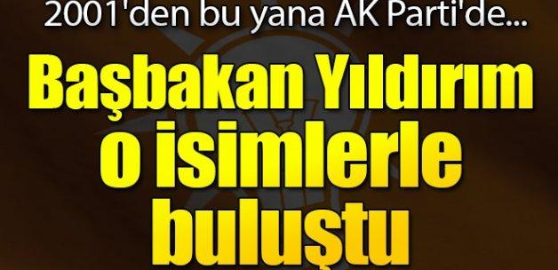 Başbakan Yıldırım AK Partili eski milletvekilleriyle buluştu