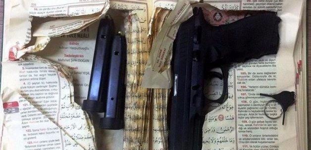 Aydın'da Kur'an içerisine gizlenmiş silah bulundu