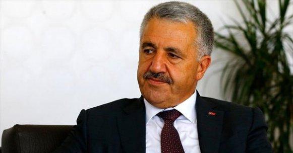 Bakan Arslan'dan 'elektronik cihaz yasağı' açıklaması!