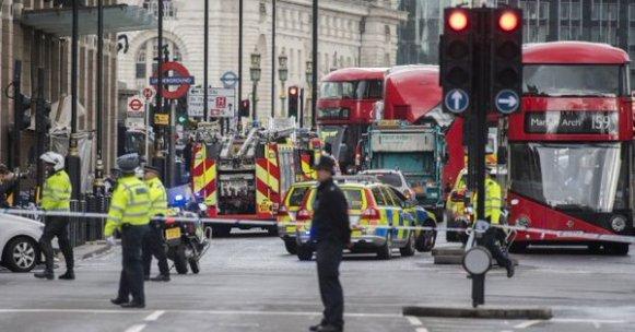 Londra'da saldırıda yaralanan bir kadın hayatını kaybetti.