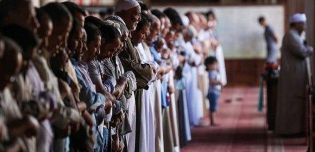 Mısır'da Türkiye'ye destek veren imama 'uzaklaştırma'