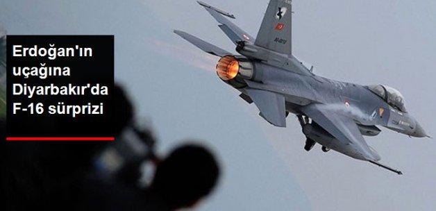 Cumhurbaşkanı Erdoğan'a Diyarbakır'a Gelişinde F-16'lar Eşlik Etti