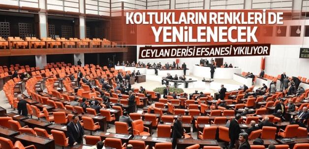 Meclis'in koltuklarının rengi değişiyor