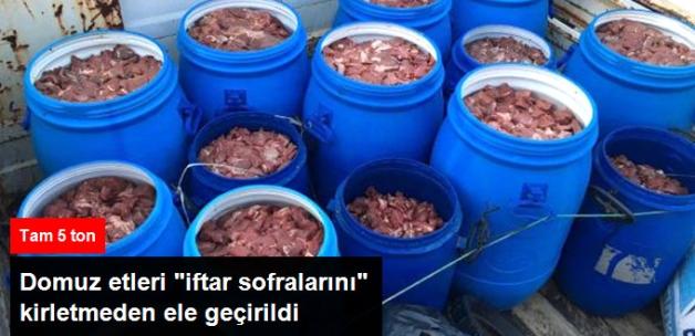 Aydın'da Piyasaya Sürülmek Üzere Hazırlanan 5 Ton Domuz Eti Ele Geçirildi