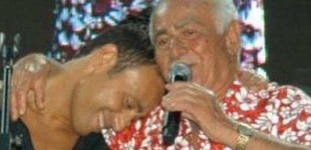 Mustafa Sandal'ın saz sanatçısı dedesi Hüseyin İleri hayatını kaybetti