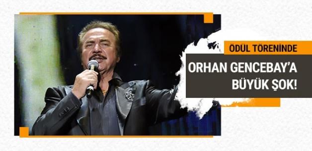 Ödül töreninde Orhan Gencebay'a büyük şok!