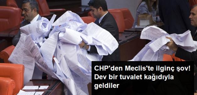 CHP İstanbul Milletvekili Sezgin Tanrıkulu Dev Rulo ile Meclis'te Şov Yaptı