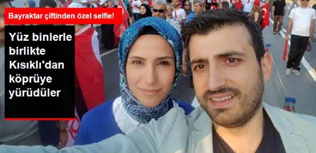 """Sümeyye Erdoğan eşi Selçuk Bayraktar Kısıklı'dan """"Şehitler Köprüsü""""ne Yürüdü"""