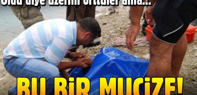Öldü diye üzerini bile örttüler ama... Bunun adı mucize!