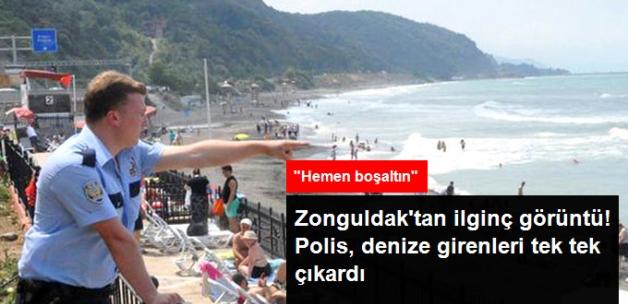 Zonguldak'ta Denize Girenler, Polis Tarafından Tek Tek Çıkarıldı