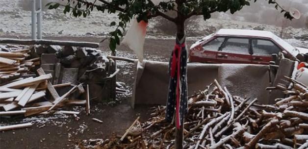 Ankara'ya mevsimin ilk karı yağdı!