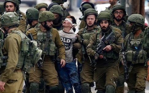İsrail askerleri Cuneydi'nin omzunu kırmış
