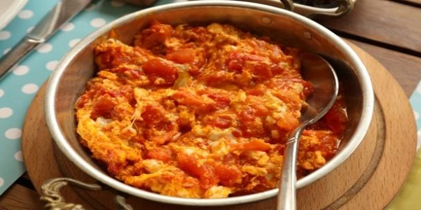 Menemen tarifi: Kıymalı, peynirli, soğanlı, kışlık, nefis menemen tarifleri