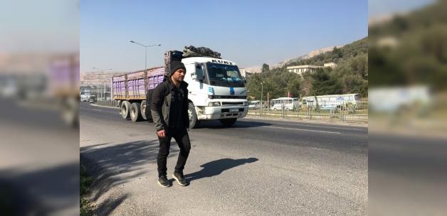 Cumhurbaşkanı Erdoğan için İzmir'den Ankara'ya yürüyor