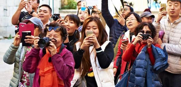 1 milyon Çinli gelecek