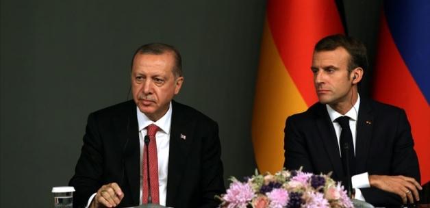 Cumhurbaşkanı Erdoğan, Fransa Cumhurbaşkanı Macron'la telefonda görüştü