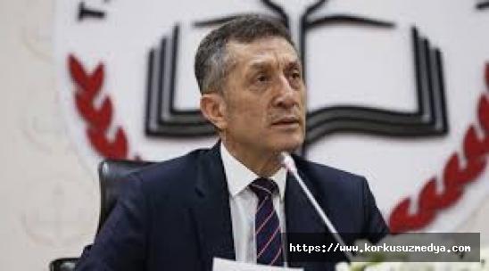 15 Şubat'ta okullar açılacak mı? Bakan Selçuk'tan yüz yüze eğitim açıklaması