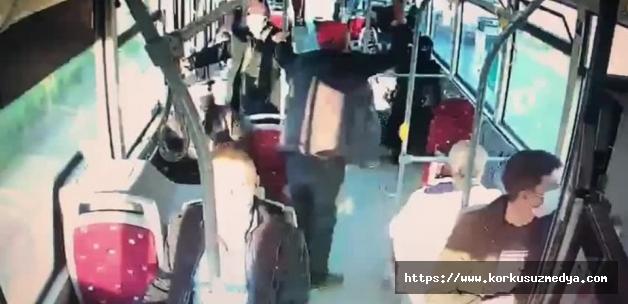 İzmir'de çarşaflı kadına saldırdı! Tepki çeken görüntüler ortaya çıktı