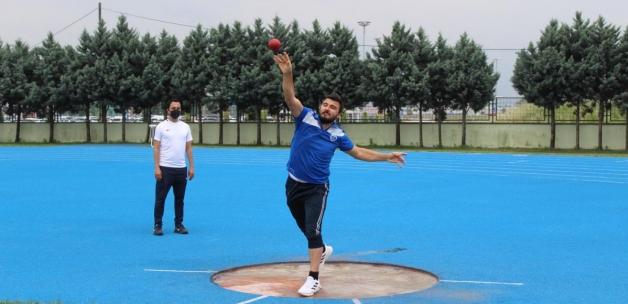 Kocaeli'deki görme engelli Samet, olimpiyata hazırlanıyor