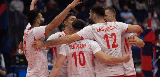 A Milli Erkek Voleybol Takımı, Avrupa Şampiyonası'ndaki ilk maçında Rusya'yı yendi