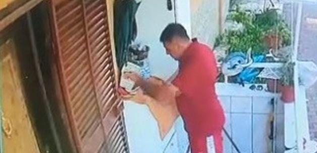 Mersin'de kirli oyunu bozuldu! Irkçı ifadeleri evinin kapısına kendisi yazmış
