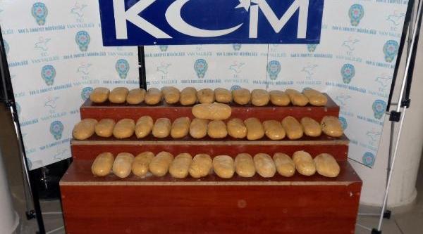 20 Kilo Eroini Hollanda'ya Gönderemeden Yakalandilar