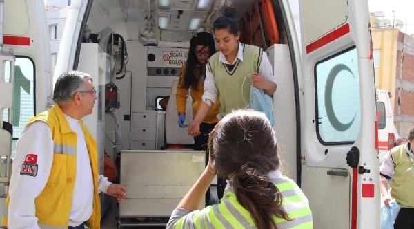 20 Öğrenci Okulda Çamaşir Suyundan Zehirlendi