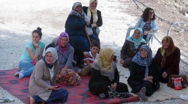 20 Yıl Sonra Terör Nedeniyle Terk Ettikleri Köylerine Döndüler