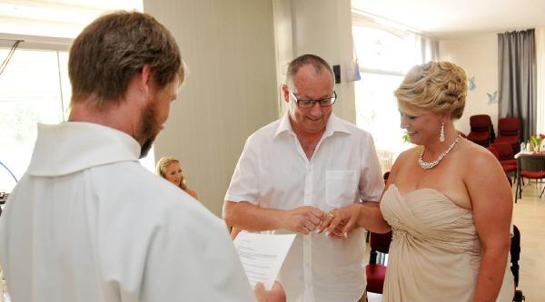 23 Yıl Önce Ayrılan Norveçli Aşıklar Alanya'da Evlendi