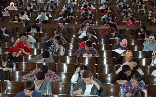 2 Milyondan fazla öğrenci 'gelecek için ' ter döküyor!