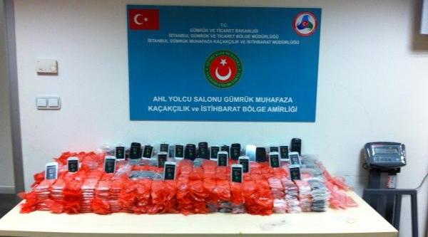 2 Milyonluk Kaçak Cep Telefonu Ele Geçirildi