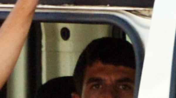 35 Yüzük Çaldi, Kaçarken Kimliğini Kuyumcuda Düşürdü