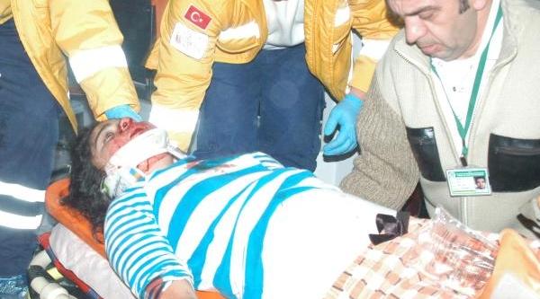 3'ncü Kattan Düşen Ortaokul Öğrencisi Ağir Yaralandi