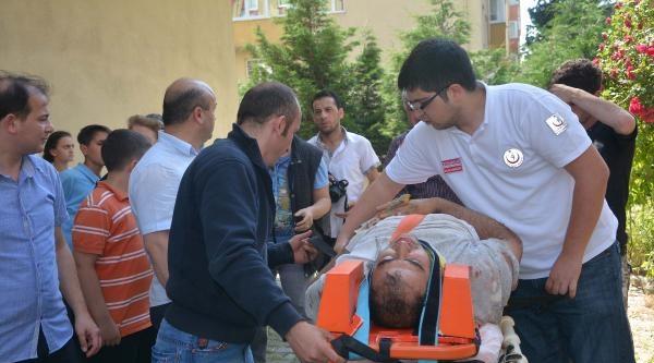 3'üncü Kattan Düşen İnşaat Ustası Ağır Yaralandı