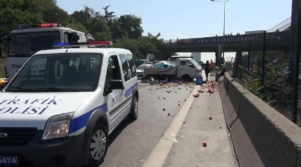 4 Araç Birbirine Girdi, 1 Kişi Yaralandı