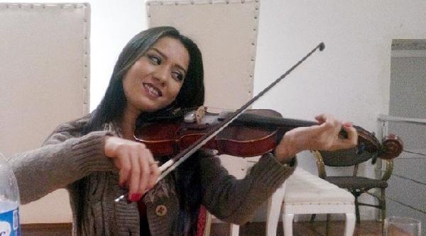 4 Kişilik Müzisyen Grup Kaza Yaptı, Solist Öldü