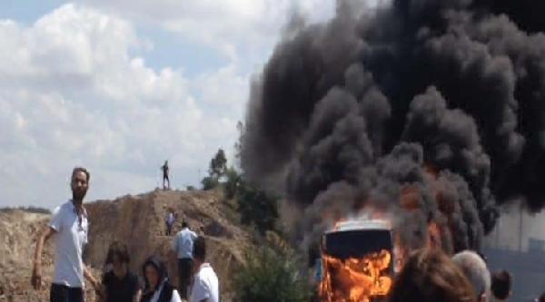 4 Kişinin Öldüğü Otobüste Yangın Dehşeti Kamerada