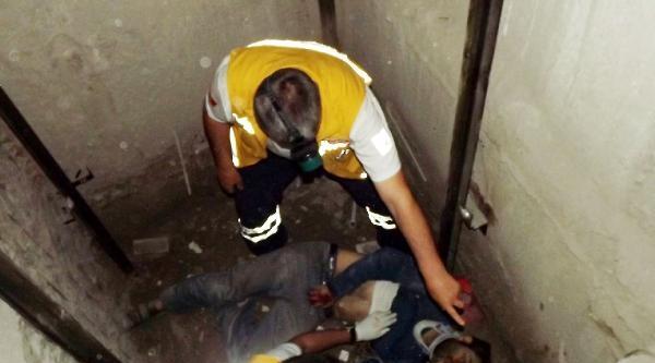 4'üncü Kattan Asansör Boşluğuna Düşen İşçi Ağır Yaralandı