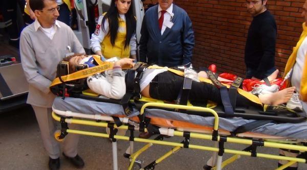 4'üncü Kattan Düşen Genç Kız Yaralandı