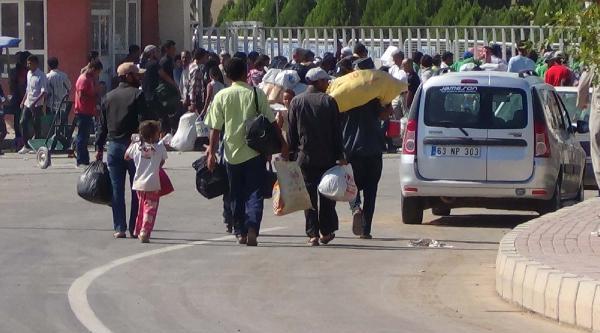 500 Suriyeli Ülkesine Döndü