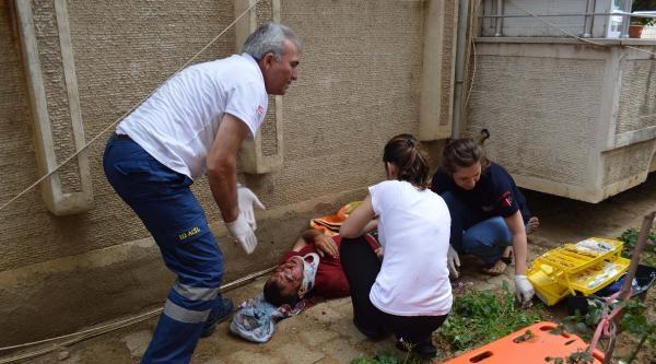 5'inci Kat Balkonundan Düşerek Ağır Yaralandı