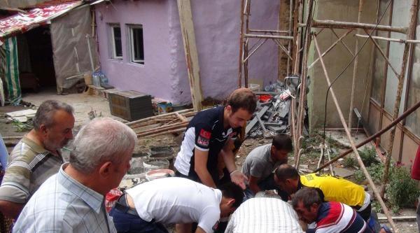 5'inci Kattan Düşen İşçi Ağır Yaralandı